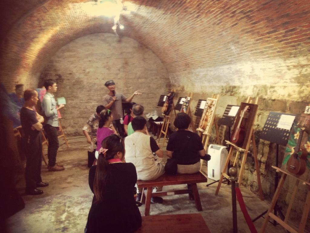 104.05麻花捲工作室-「淡水的廢棄物」烏克麗麗創作展覽與音樂演出