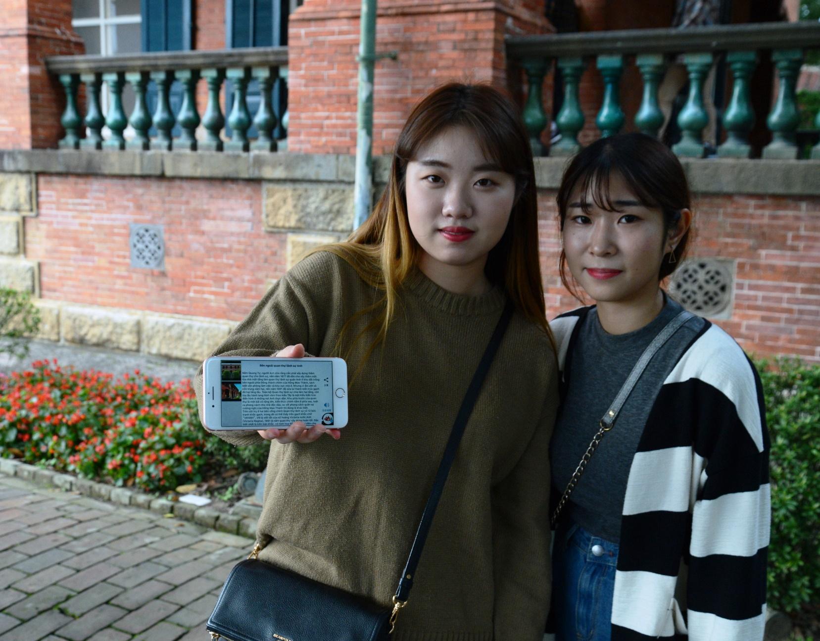 外國遊客增加,淡水古蹟博物館推出越南語Beacon導覽服務。