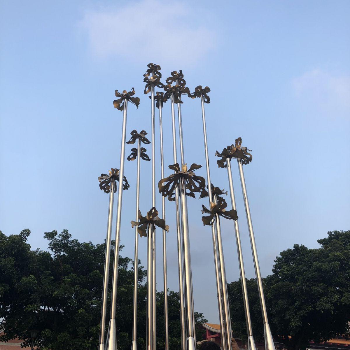 大型藝術裝置-花與未來